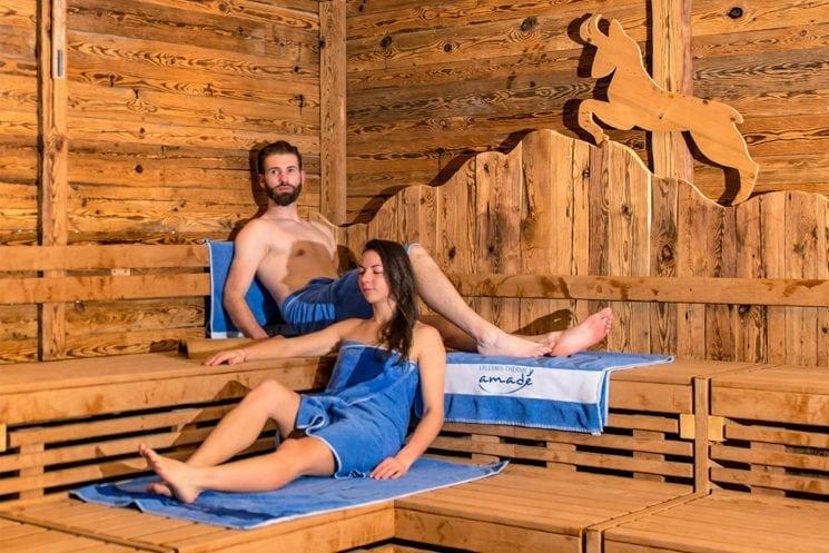 Großzügige Saunalandschaft - Erlebnis-Therme Amadé in Altenmarkt-Zauchensee